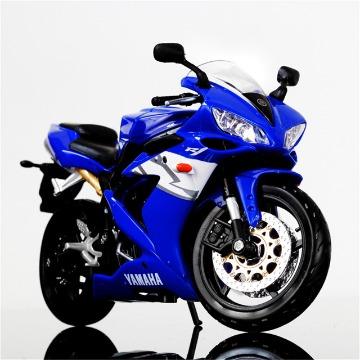 Miniatura Yamaha YZF-R1 1/12
