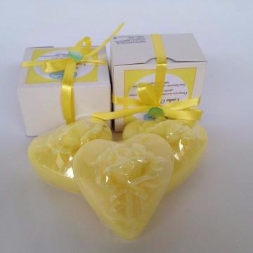 Sabonete em barra formato de Coração com flor