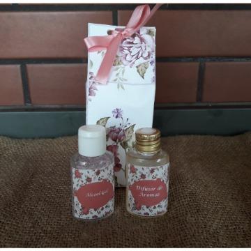 Kit Sabonete Liquido e Álcool gel em Caixa Personalizada
