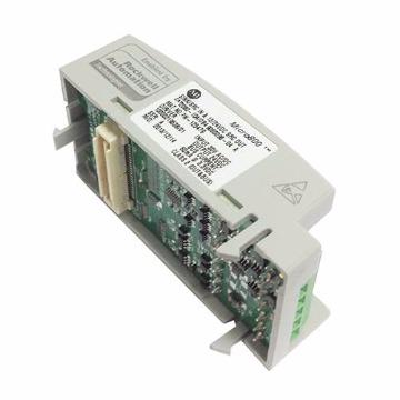 Módulo plug-in de 4/4 I/O digitais Sink/Source, 24Vdc