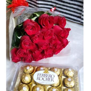 Buque de 20 rosas + Ferrero com 12