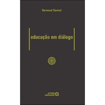 Educação em Diálogo