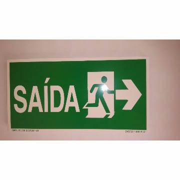 PLACA FOTOLUMINESCENTE - SAÍDA COM BONECO E SETA PARA DIREITA