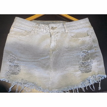 Saia jeans rasgada Maria Filo 42