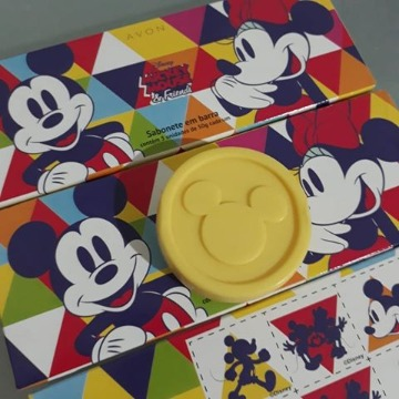 120727 Sabonete Barra Mickey e Minnie Avon 3 Unidades 50g (cada)