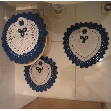 78695 Jogo Banheiro Crochê em Barbante Detalhe Azul 3 Peças