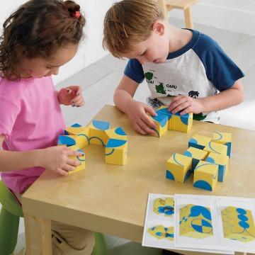 Brinca Cubos Curvas